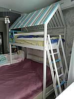 Кровать -чердак Домик из массива бука.
