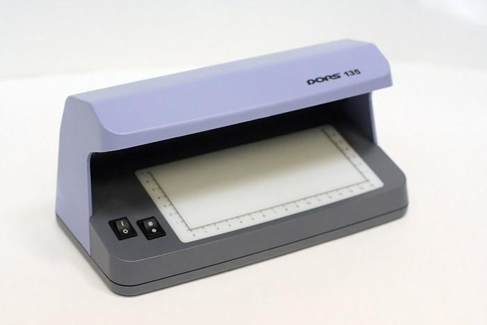детектор банкнот фото