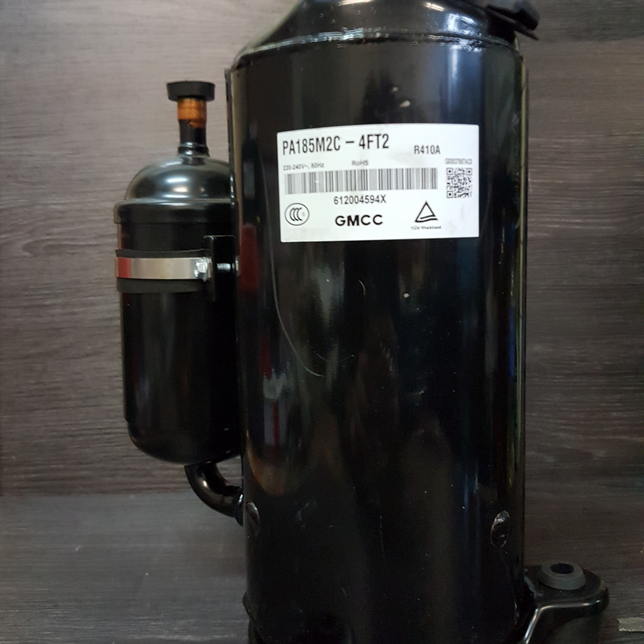 Компрессор Toshiba PA 185M2C-4FT2(18000BTU) R-410