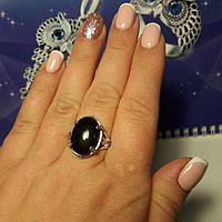 Серебряное кольцо с ониксом, р19