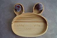 Детская деревянная тарелочка в виде зайки 2
