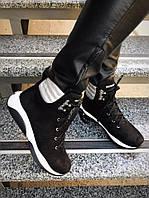 Зимние ботиночки R!ch.Натуральный замш, внутри шерсть.Высота от пятки 11см, подошва 4см. Р-р 36-40 Цвет черный