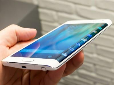 Samsung розповіла про переваги загнутого дисплея в Galaxy Note Edge