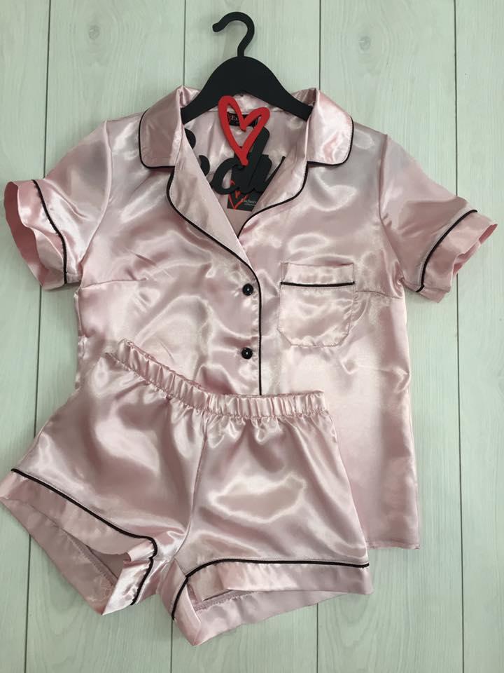 510d313bbb55a Нежная атласная пижама ТМ Exclusive рубашка и шорты - Оптовый интернет  магазин женских пижам Exclusive в