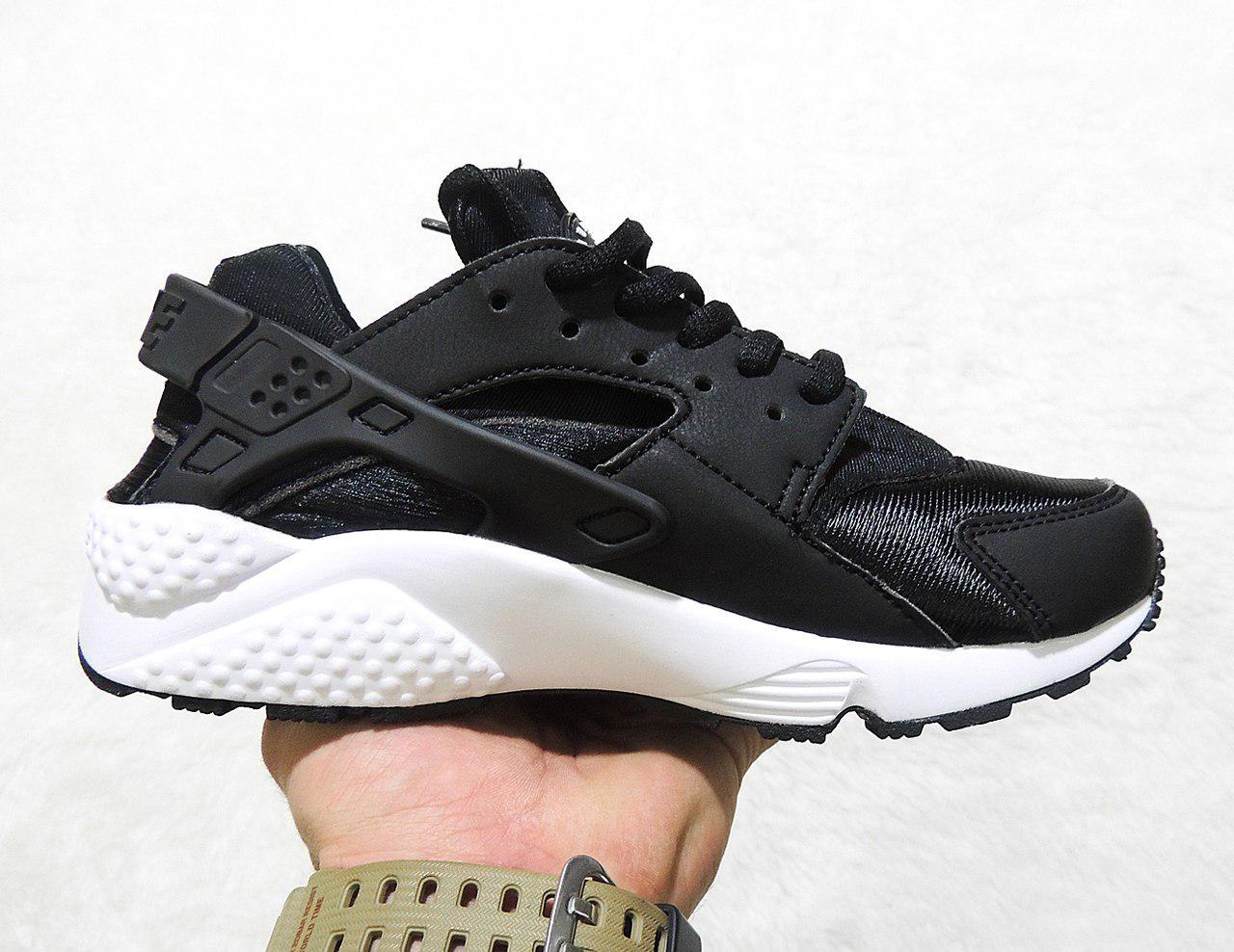 5345e0ba8c5d Кроссовки женские Nike Air Huarache 1 Black White топ реплика -  Интернет-магазин обуви и