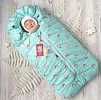 Зимний конверт кокон для новорожденного на выписку, в коляску мятный Кролики (на овчине)