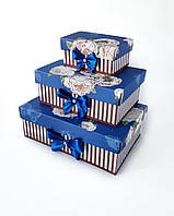 Прямоугольный подарочный комплект коробок ручной работы синего цвета с рисованными пионами