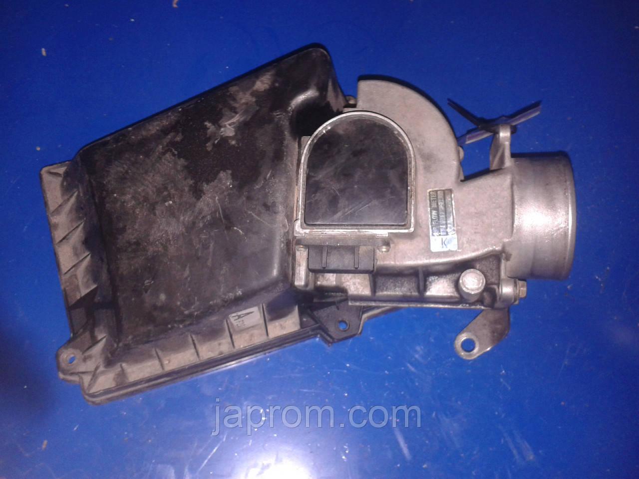 Датчик расхода (потока) воздуха, расходомер M.A.F. Mazda 626 GD 1987-1991г.в. 2.2 бензин
