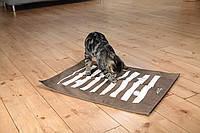 Trixie  TX-46005  Cat Activity - игровая подстилка для кошек с отверстиями, фото 2