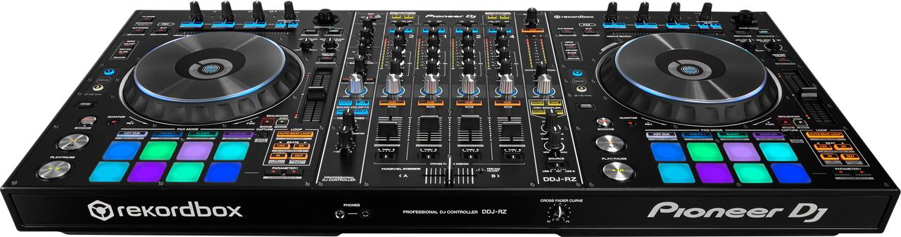 Флагманский 4-канальный контроллер Pioneer DDJ-RZ