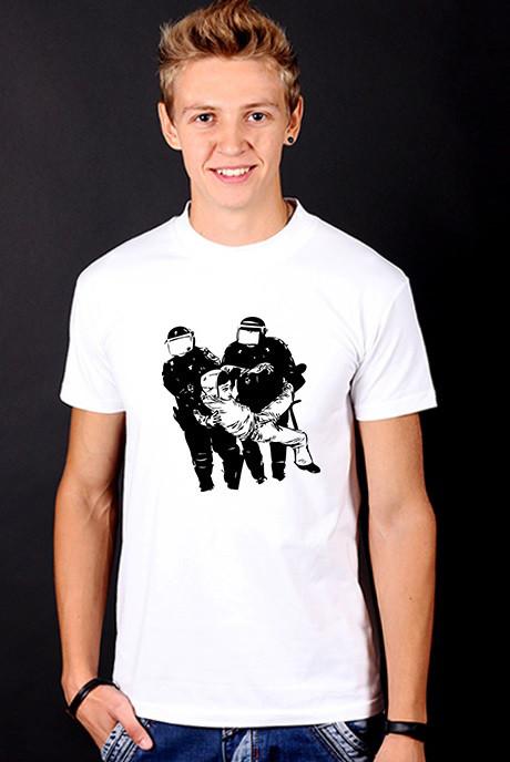 Біла футболка чоловіча з принтом спортивна бавовна