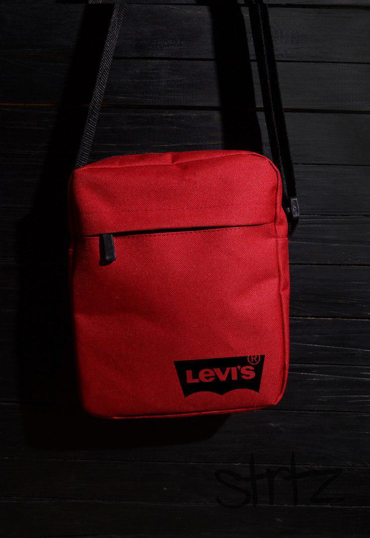Городская сумка на плечо от Levis яркого красного цвета