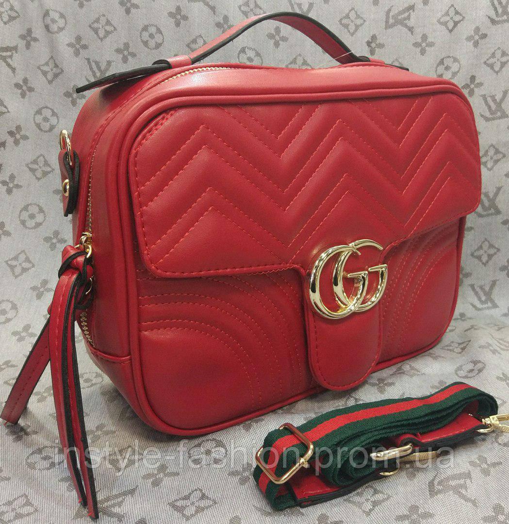 Сумка-клатч Gucci Гуччи с цветной ручкой красная