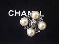 Брошь с жемчугом,классической, квадратной формы для пальто,жакетов,шуб и другой одежды, фото 1
