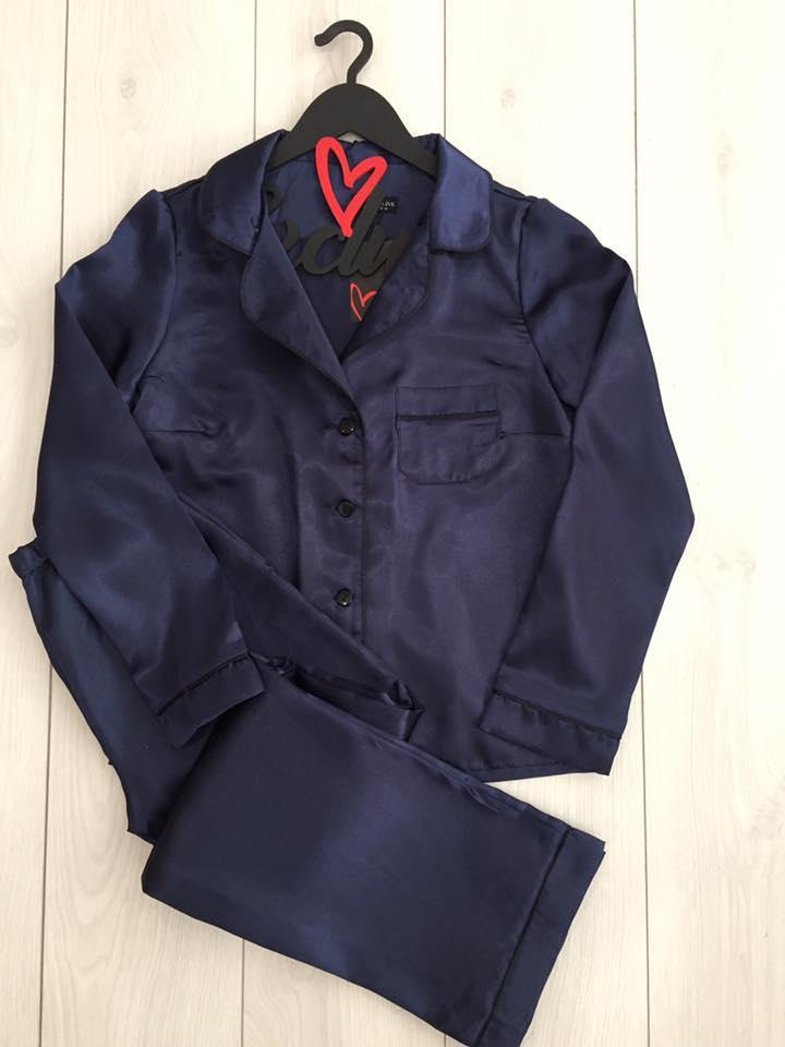 Пижамы женские, атласный комплект штаны и рубашка.
