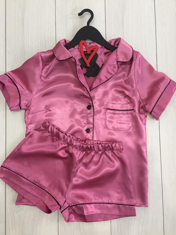 Женская пижама шорты и рубашка- атлас.