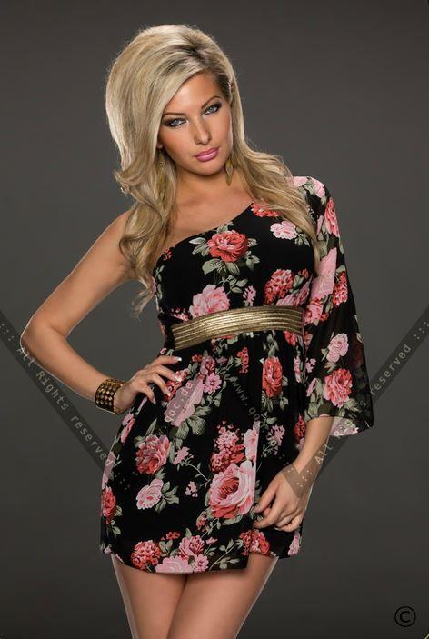 8157dc7092466 Queen of Catwalk, Германия - интернет-магазин модной молодежной одежды