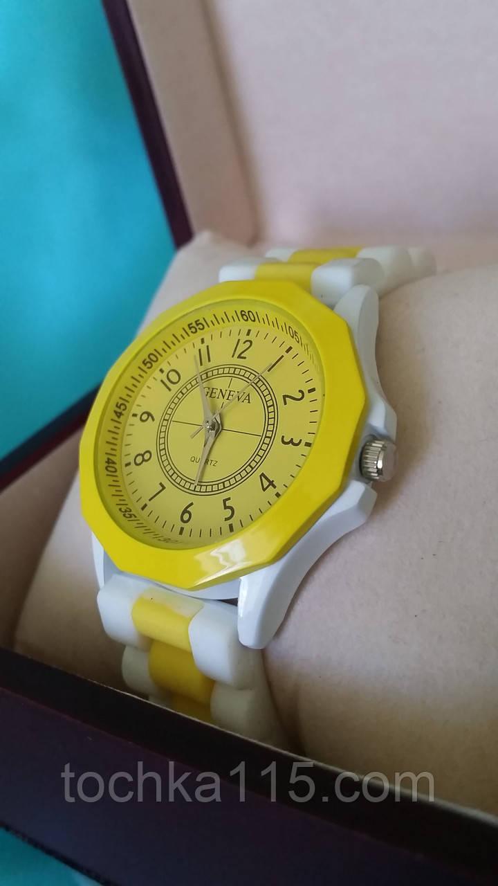 Часы женские GENEVA желтый/белый реплика