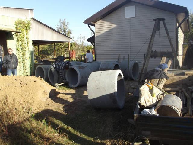 Копаем колодцы и канализации, продажа колец от 0.8 м до 2м,
