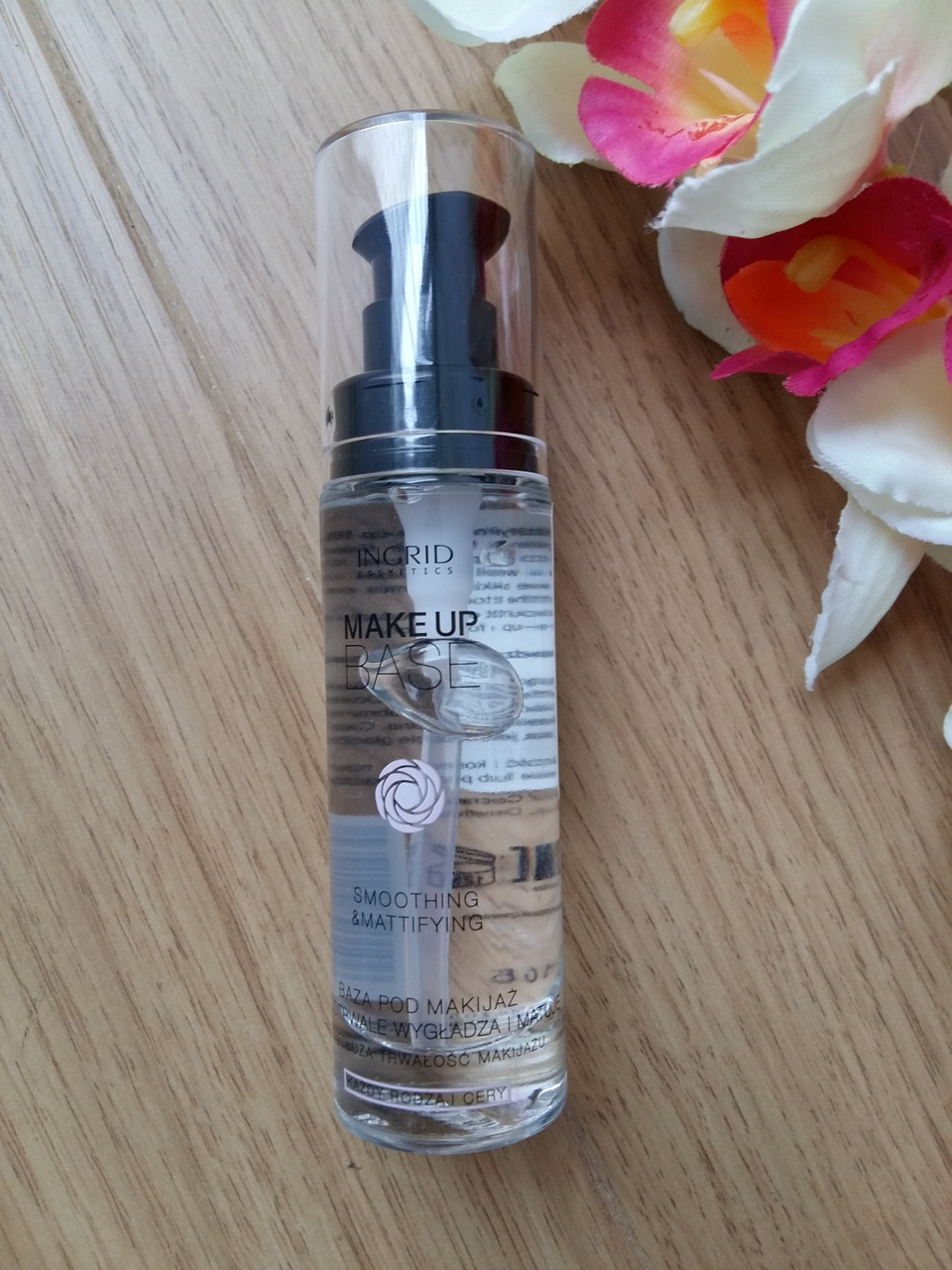 Основа-база под макияж разглаживающая матирующая - Ingrid Cosmetics Smoothing&Mattifying
