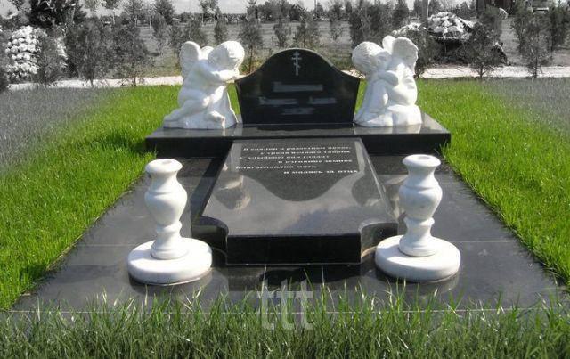 Детское надгробие с ангелочками № 32