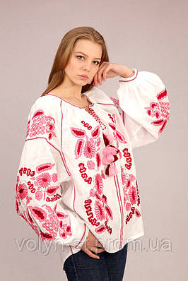 Вышитая женская блуза с длинным рукавом