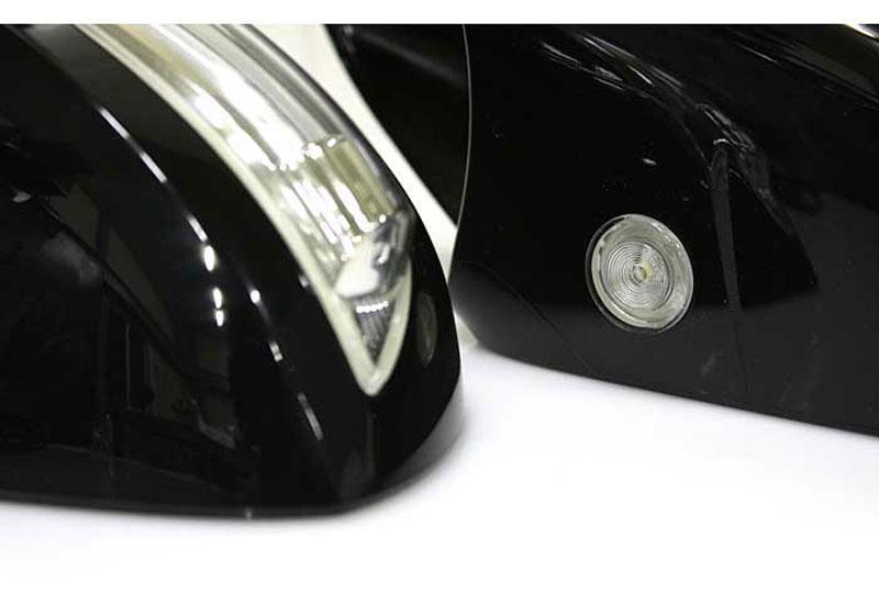 Корпуса зеркал с повторителями поворотов Hyundai Santa Fe CM
