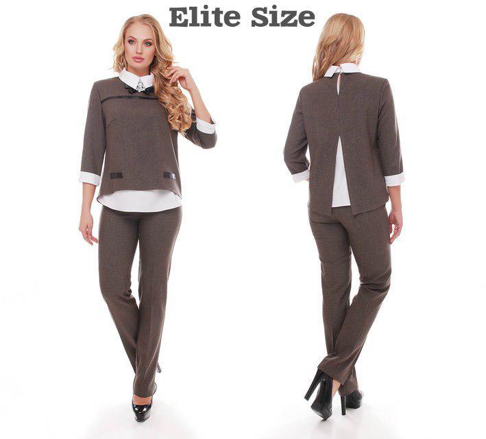 c59eb3e0c3f Женский брючный костюм в больших размерах с воротником и манжетами 615597
