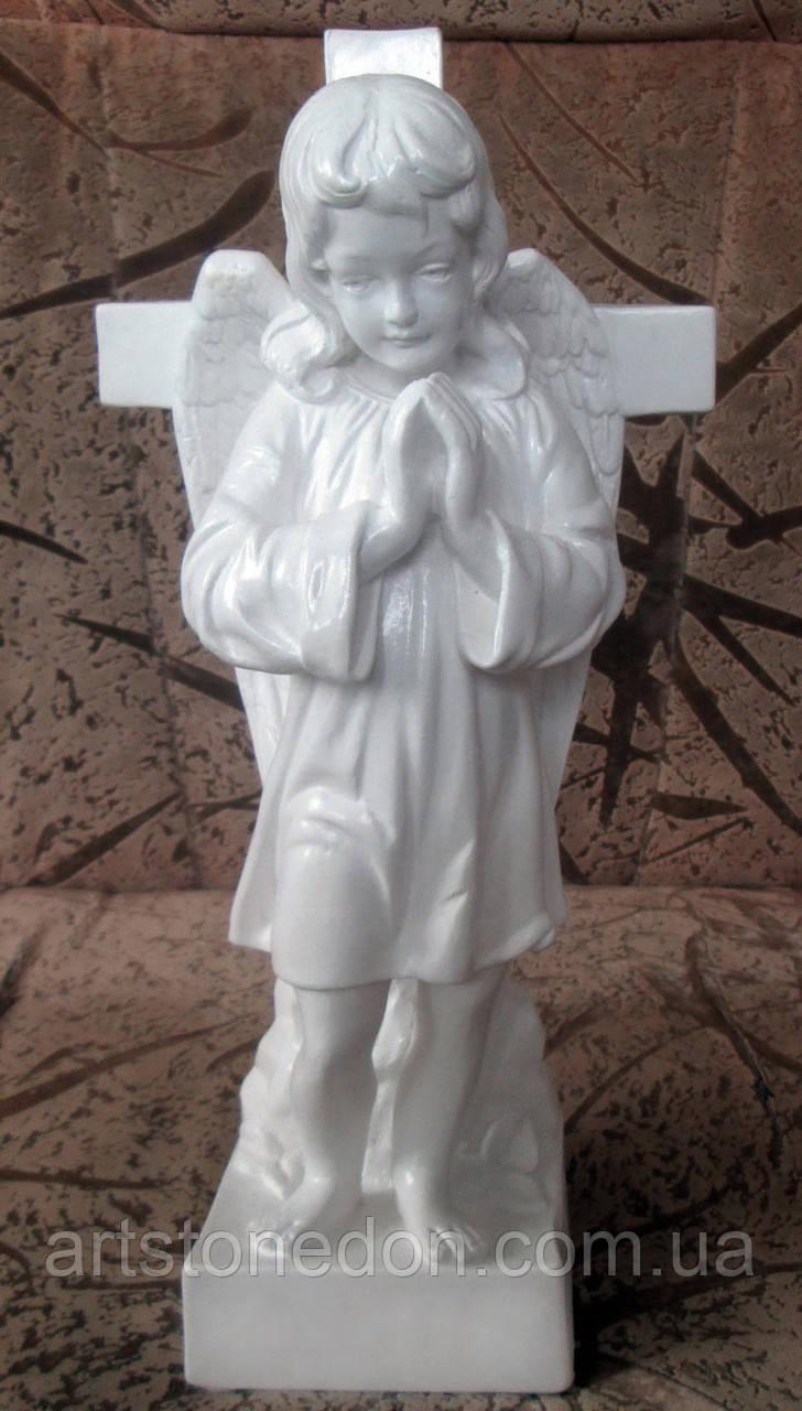 Купить памятник ангела статуэтки где заказать памятник на могилу в липецке