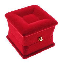Футляр для кольца шкатулка, красный бархат, размер 4,5*5