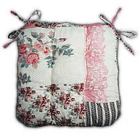 Подушка на стул Кедр на Ливане стеганная серия Soft 38x38x8 см Розовая (1093)