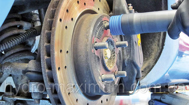 Очистка резьбы колесных шпилек