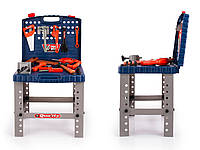 Стол-мастерская с инструментами