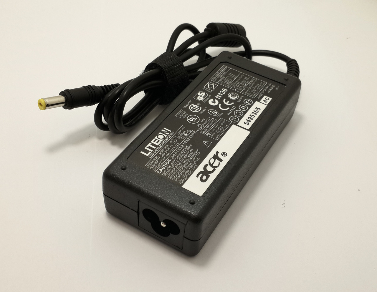 Блок питания для ноутбука Acer Aspire 3660 19V 3.42A 65W