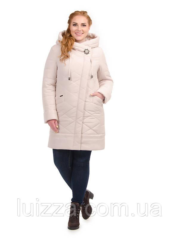 Женская длинная куртка с брошью,  48-58рр беж 52