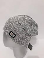 Женская шапка-чулок с эмблемой 9792