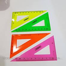 Треугольник пластиковый