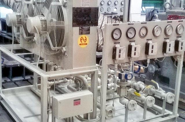 Система смазки стационарного оборудования с охлаждением