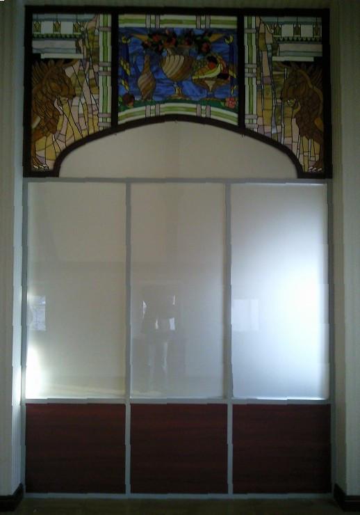 Перегородки из стекла и ДСП, изготовление и установка