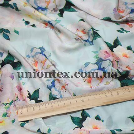 Ткань шелк-армани принт цветы на голубом, фото 2