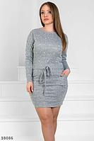 Уютное красивое платье с карманами с шнурочком на талии, расшитое бусинами