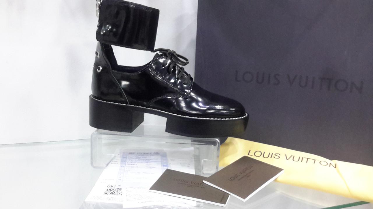 Туфли женские Louis Vuitton, черные, глянцевая кожа - podiumrovno в Ровно 256556074b7
