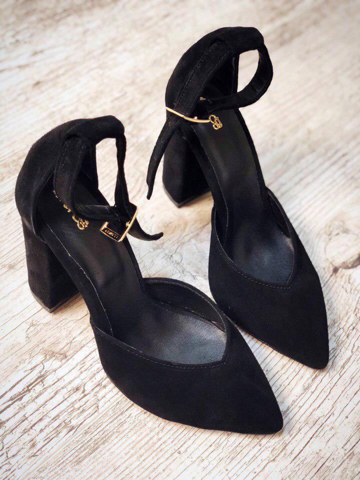 00ea5d59f Черные замшевые туфли с ремешком на толстом каблуке: продажа, цена в ...