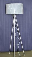Торшер с абажуром, высота 1.50 см, ширина абажура 43 см, высота абажура 26 см, 1 лампа