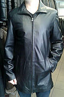 Длинная кожаная черная куртка - плащ, на молнии