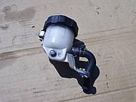 Бачок тормозной жидкости Suzuki GSX-R 600 750 K6, K7