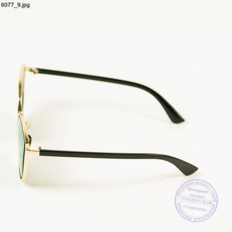 Оптом сонцезахисні окуляри жіночі - Сріблясті з блакитними лінзами - 6077/2, фото 2