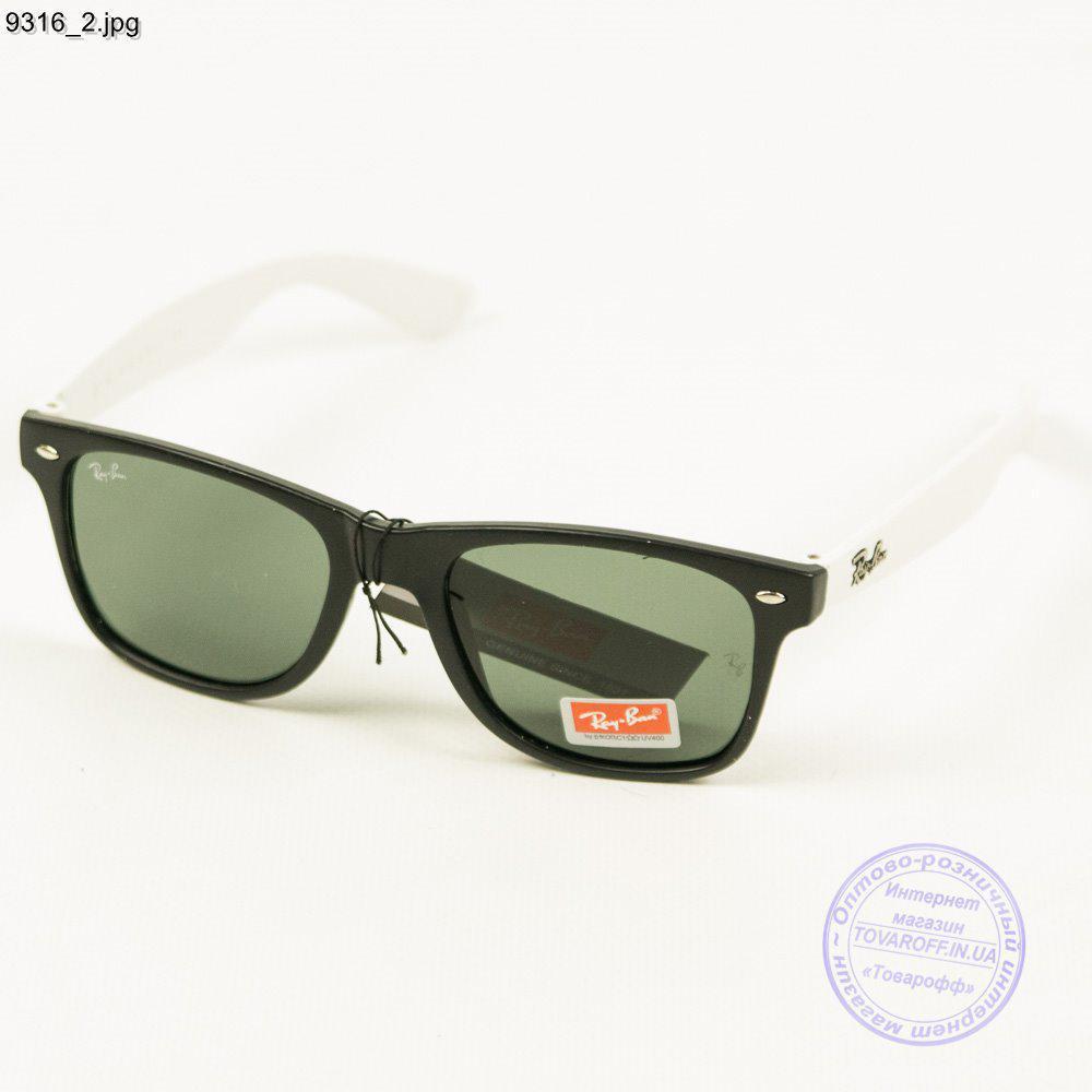 Оптом сонцезахисні окуляри Ray-Ban Wayfarer унісекс зі скляною лінзою - 9316