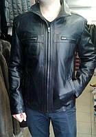 Кожаная куртка мужская в черном цвете, дополнительные нагрудные карманы, фото 1