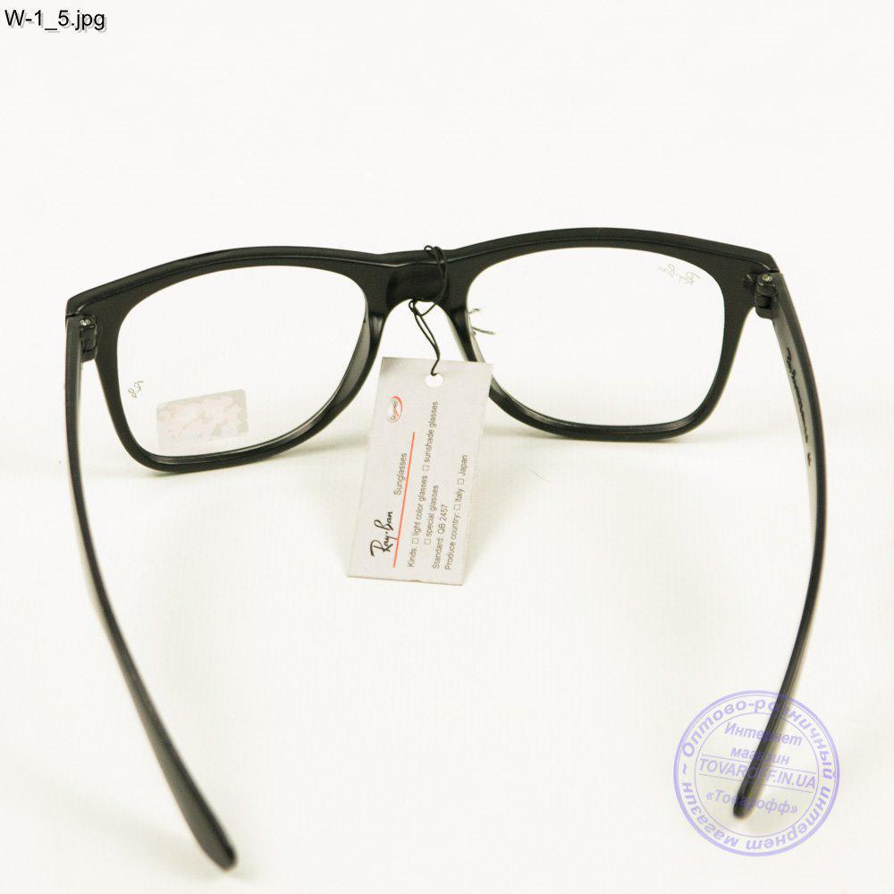 Оптом имиджевые очки Ray-Ban Wayfarer унисекс - W1 1 - купить по ... de7a2798fe30a